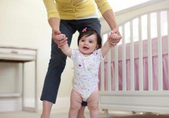 Как заставить ходить ребенка