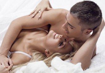 Секс з дружиною в лжку