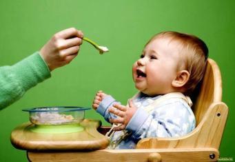 Почему ребенок 5 месяцев мало ест