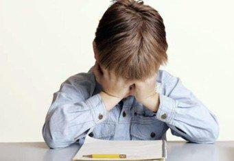 Почему болит шея у ребенка?