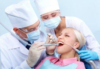 можно ли очистить зубы перекисью водорода
