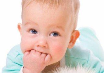 Что делать из-за насморка у ребенка народные средства