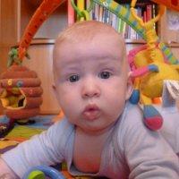 Почему у малыша в 3 месяца текут слюни